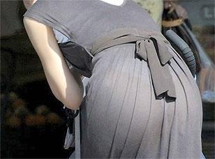 【朗報】 街にこーゆードスケベパンツが透け透け女の子増えすぎて抜ける・・・(画像)